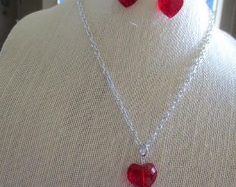 Beautiful Crystal Red Heart Necklace and Earrings Set