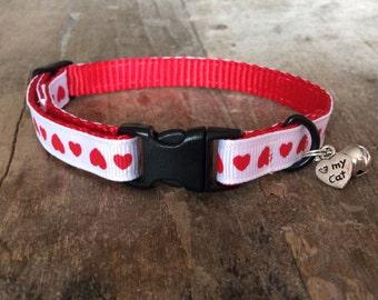 Hearts cat collar