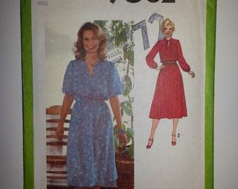 Vintage 70s Dress Pattern