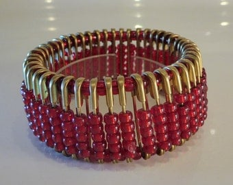 Beaded Bracelet  Christmas Red