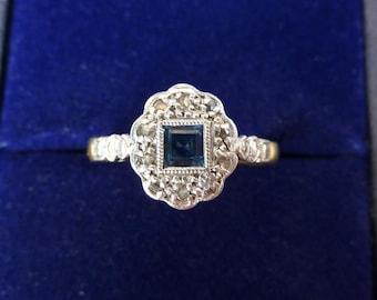 Gorgeous 18ct 18k gold and platinum art deco Sapphire and Diamond vintage antique ring