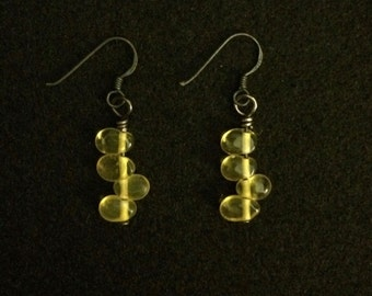Yellow Czech glass drops earrings with oxidized sterling silver earwire. Classy, modern and chic.