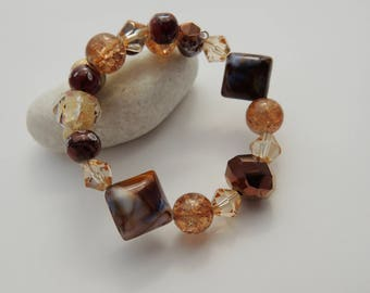 Bracelet - Brown/crystal beaded memory wire bracelet//Gift for her//Women//Jewellery//Beads//Memory wire//Brown//Crystal//