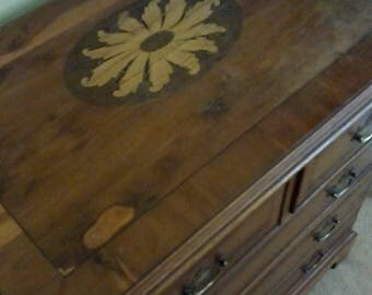 Vintage chest of drawers, dresser