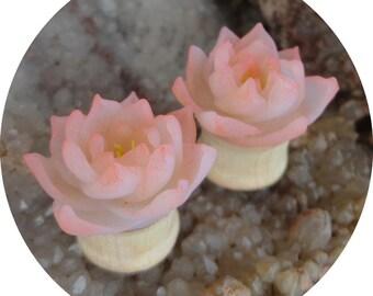 wood plugs organic plugs ear plugs  bridal plugs wedding plugs flower plugs oak wood plugs lotus plugs flowers plugs
