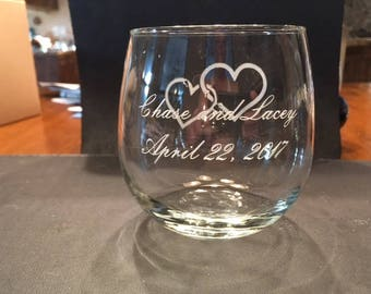 Stemless 12oz white wine glasses for a wedding.
