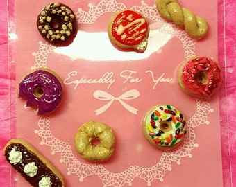 Miniature Donuts - Polymer Clay Donuts - Miniature Food - 6 Assorted Donuts - Doll House - Doughnut - Craft Supplies - Playscale 1/6 or 1:12