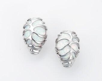 "Silver earrings ""Seahorse"", Seahorse earrings, White opal, Nautical jewelry, Beach jewelry, Animal jewelry"