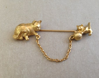 Vintage Cat and Kitten Stick Pin
