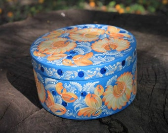 Blue box trinkets Round wooden jewelry box Hand painted white camomiles Petrykivka patterns gift for mom Mothers Day gift Her birthday