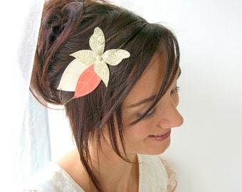 Butterfly wedding headband, bridal butterfly and leaves headband, fairy wedding hair jewelry, diadem for the bride, bridal tiara, gold