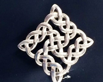925 Sterling Silver Celtic Knot Pin