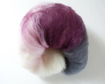 Batt hand dyed handkadiert 100 g purpurea purple white