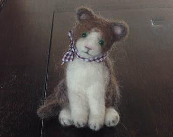 Needle felted Shetland wool cat