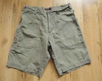 FREE SHIPPING - Vintage FJALLRAVEN khaki canva shorts with pockets, size man's 48 or M