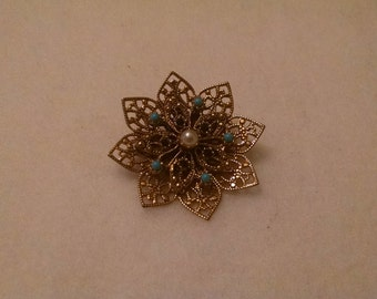 Vintage Gold Tone Turquoise Fancy Filigree pin