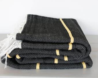 LARGE Woven Rag Rug, black/yellow, Handwoven Carpet, Handwoven Rug, Throw Rug, Boho Rug, handmade in Portugal.