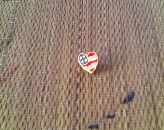 Vintage Avon Patriotic Heart Pin Flag Accessory Red White Blue Jewelry