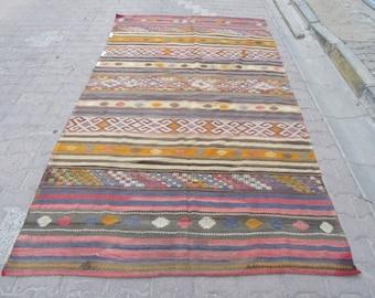 5.8 x10.6 Ft Vintage handwoven embroided Turkish kelim rug