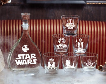 Star Wars Gift Glass Whiskey Decanter Set Personalized Decanter Groomsmen Gift Gift for Couple Wedding Gift Fathers Gift Gift for men Yoda