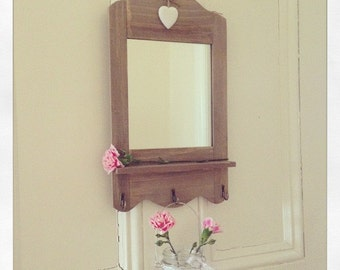 Scalloped Mirror with 3 Hooks