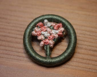 Dorset Button posy brooch, lovely Mother's Day gift, peach hues