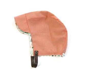 Peach-triangle print-sun bonnet-sun hat-brimmed bonnet-modern bonnet-reversible bonnet-bonnet with chin strap-pink bonnet