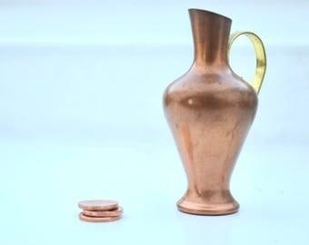 vintage small copper vase, vintage dollhouse copper vase, miniature copper vase, copper pitcher, mid century copper, Kupfer Vase