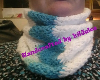 Splash of Color Cowl
