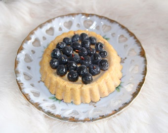Fake Blueberry Sand Cupcake - Faux Tartlet - Polymer Clay Cake Tart - Sculpted by a Patissier!