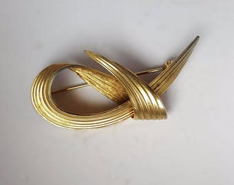 Vintage Tapered Reed Knot Brooch