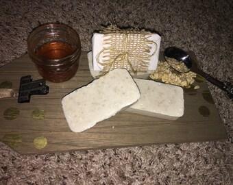 Oatmeal Honey Shea Butter Bar