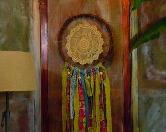 Boho Dreamcatcher- wall hanging, grapevine, doily, chic bohemian decor