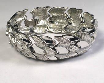 Vintage 1950s Coro Silver Tone Link Bracelet-Leaves-Hearts