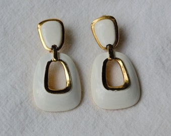 Vintage Crown Trifari Clip-On Dangle Earrings - Mod Two-Tone White Enamel Gold Earrings
