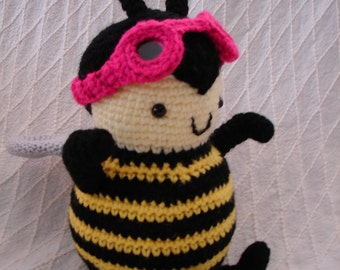 Buz the Aviator Bee Amigurumi Toy **FREE SHIPPING**