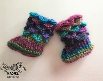 Crochet baby boots, colorful baby boots