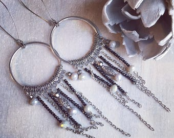 REF 0025 - Bohemian earrings black grey and beige