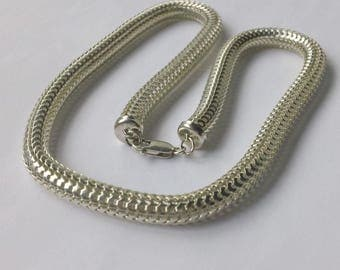 Superb Modernist Tubular Mesh Chain Sterling Silver Necklace Marked 925 Star FREE DOMESTIC SHIPPING