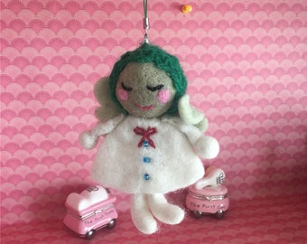 Needle felted Angel, Handmade Angel magnet gift