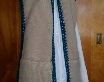 Knit vest with pockets