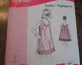 Ladies Nightgown, Sew-Knit-N-Stretch 214, Sizes Small, Medium, Large.