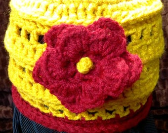 Teen / Woman Gold and Scarlet crochet beanie