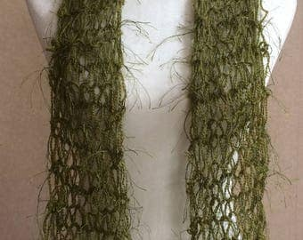 Lightweight lovely loopy scarf