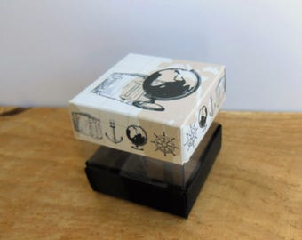 8 boxes dragées cardboard Mini-cube, Cube, Cube duo, travel, world map, suitcase, globe