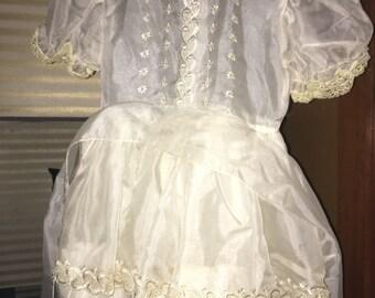 Vintage 1960/70's Easter, First Communion or Flower Girl Dress