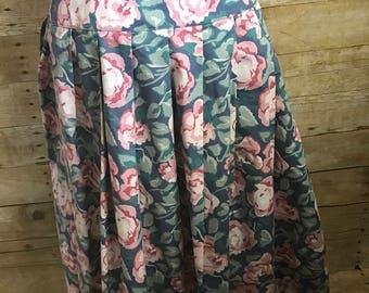 1990s Vintage Laura Ashley Floral Skirt/ Vintage Skirt/ Long Skirt/ Pleated Skirt/ Floral Print/ Maxi skirt/ Boho skirt/SZ 10