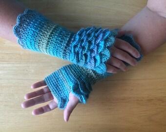 Mermaid Scales, Crochet Fingerless Gloves, Dragon Scale Gloves, Arm Warmers, Knit Gloves, Gloves, Wrist Warmers, Dragonscale Gloves,