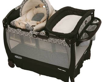 Black paisley bassinet