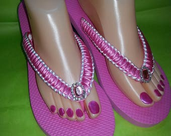 Pink flip flops with pink and white satin ribbon and  pink Rhinestone button. Summer pink and white flip flops.Beach pink a white flip flops